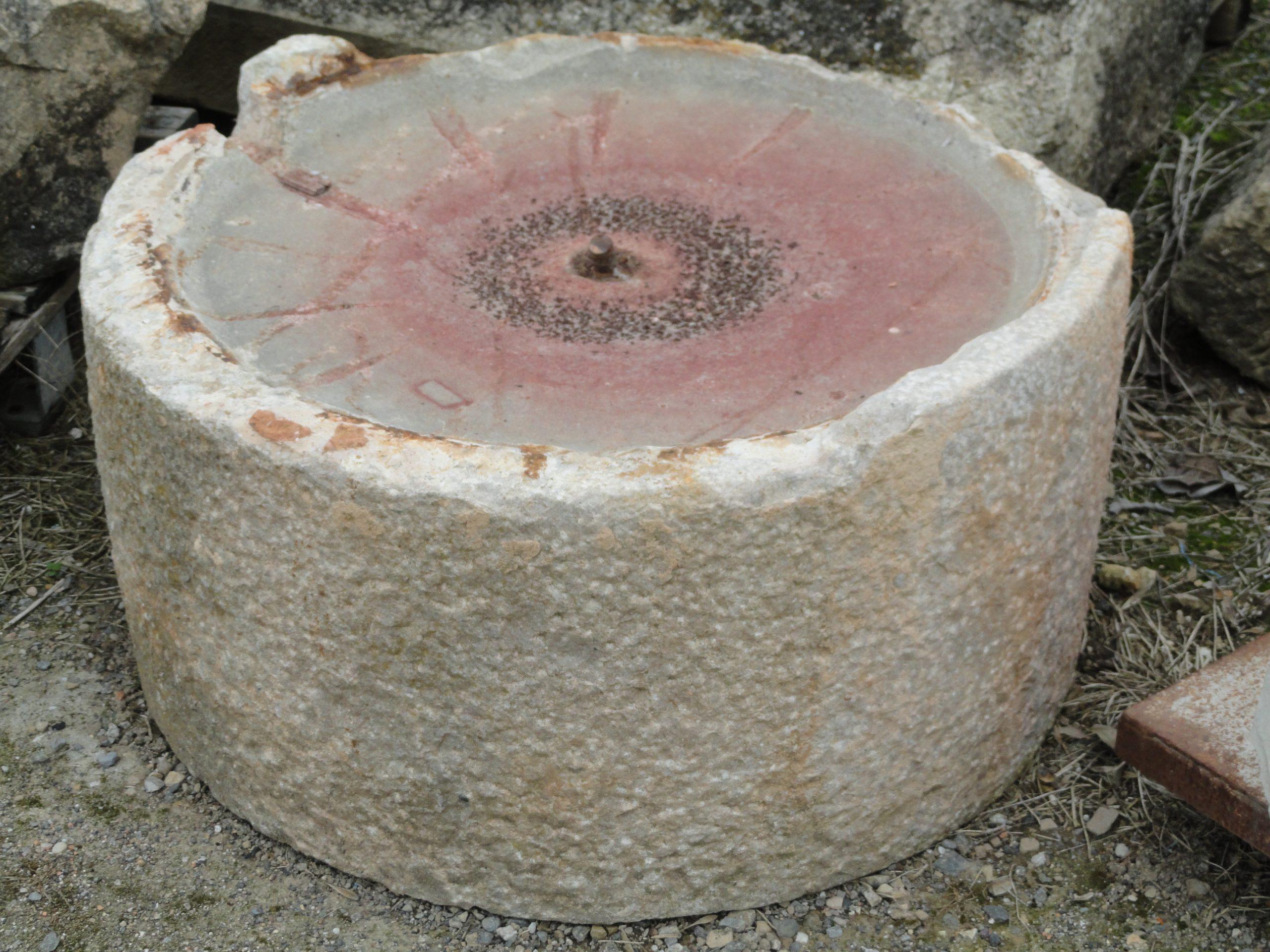 Base de premsa petita de pedra.